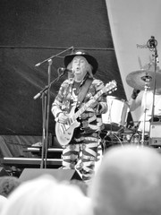 Slade The Big Weekend Cambridge July 2015 D (symonmreynolds) Tags: cambridge blackandwhite white black concert livemusic july free davehill slade parkerspiece 2015 johnberry gigg thebigweekend donpowell malmcnulty cambridgelive