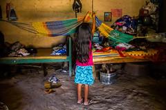 Camino a la escuela (Emely Navarro) Tags: rural faro photography américa photojournalism el niños escuelas latinoamerica salvador desarrollo centros zona centralamerica centroamerica educación educativos dificultades
