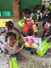 IMG-20161210-WA0089 (comcenter04) Tags: sabana grande batey verde operativo juguetes 2016
