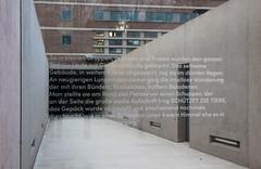 Gedenktafel, Frankfurt am Main 2016 (Spiegelneuronen) Tags: frankfurtammain europäischezentralbank juden deportation gedenken