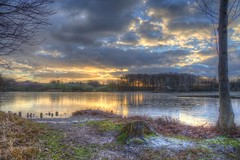Ice on Fire (blavandmaster) Tags: winter deutschland himmel clouds ciel duitsland countryside landschaft janvier sonnenuntergang nrw wolken handheld 24105 photomatix christiankortum canon 2017 januar landscape interesting kreisherford tyskland wasser happy colours processing hückermoor lac allemagne sunset teich germany beautiful lovely harmonic hdr lake light awesome hiver complete eos6d ostwestfalen westfalen perfect nuages eau january sky