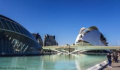 Valencia-Palau de les Arts (johnfranky_t) Tags: palazzo delle arti valencia palau de les arts spagna palazzi piscina ponte bridg puente vetrate vidrieras johnfranky