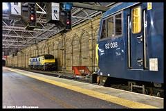 No 92038 No 90042 17th Jan 2017 Edinburgh (Ian Sharman 1963) Tags: no 92038 17th jan 2017 edinburgh 90042 class 92 electric station engine railway rail railways train trains loco locomotive passenger ecml east coast mainline sleeper caledonian scotland london euston carstairs 90