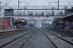 Khagaria (Debatra) Tags: khagaria seedivn sonpurdivision kgg bihar indianrailways india ir irfca d3300 nikon nikkor 55200mm 55200 railways rail railroad railwaystation track tracks electrictraction