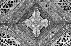 Eiffel Tower Up PD ( ) Tags: bw white abstract black paris france tower entramado blackwhite eiffel delfin abstracto lineas canon60d tokinaaf1116mmf28 delfinabzueta