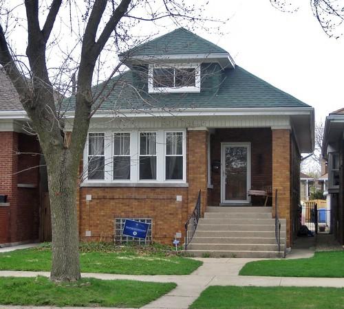 4934 North Keeler Avenue