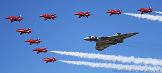 Avro Vulcan & The Red Arrows