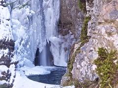 Cold water (Fernando De March) Tags: coldwateracquafreddacongelatacascatastalattiti