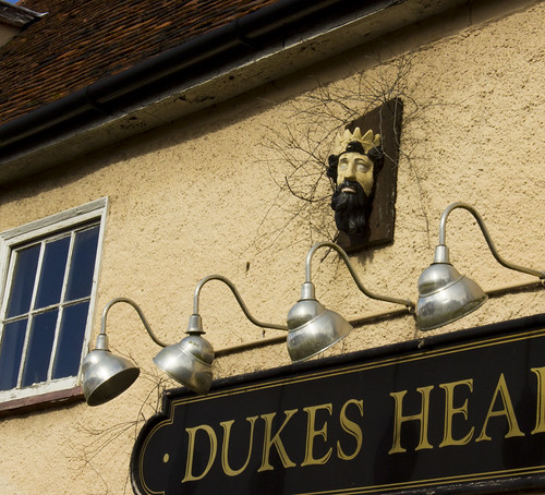 {Rural pub closures}FCC104