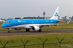 KLM Cityhopper Embraer 190-100STD     PH-EZL     Amsterdam Schiphol - EHAM (Melvin Debono) Tags: klm cityhopper embraer 190100std   phezl amsterdam schiphol eham melvin debono spotting airport airplane aviation aircraft canon 7d 600d plane planes
