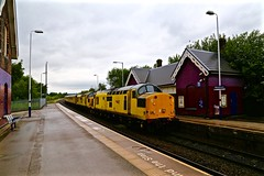 97301/2 Woodhouse Station 26 Jun 15 (doughnut14) Tags: diesel sheffield rail loco infrastructure woodhouse gc southyorkshire greatcentral 97302 97301 derbyrtc