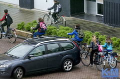 A view from the room (Erwin van Maanen.) Tags: urban netherlands nederland streetphotography daily socialdocumentary paisesbajos documentaire dagelijks straatfotografie aviewfromtheroom nikond7000 erwinvanmaanen kroonenvanmaanenfotografie verhalendefotografie