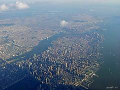 New York vu du ciel (Greyshift11) Tags: new york sky plane flying over du ciel vu survol