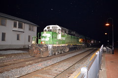 Whitefaced at the depot (Robby Gragg) Tags: bn bnsf sd402 1915 joliet