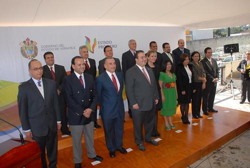 El gobernador Javier Duarte de Ochoa  tomó protesta a Subsecretarios, Directores y otros servidores públicos de la Secretaría de Desarrollo Social (Sedesol).