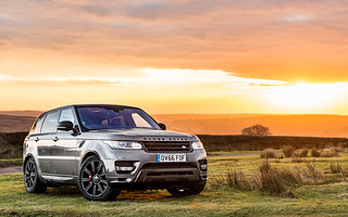 Chasing the sun in a Range Rover Sport