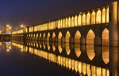 Pont sur le fleuve d'Ispahan (Voyages Lambert) Tags: photography isfahan archbridge colorimage iran night bridgemanmadestructure zayandehriver