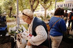 #7 (Lifeinpicture) Tags: rome market streetphotography story eggs oldlady buyer pigneto lifeinpicture shootingstolen