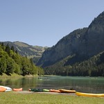 canoes-lake-montriond
