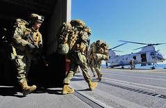 110618-N-KB563-448 (mbe32055) Tags: russell exercise sandiego pacificocean usmarines ch46seaknight usspeleliu lha5 ironfist2012
