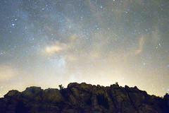 NOCHE EN EL TORCAL (LaSole21) Tags: blue sky espaa naturaleza nature rock night stars landscape spain andalucia andalusia malaga naturephotography landscapephotography nightphotograpghy