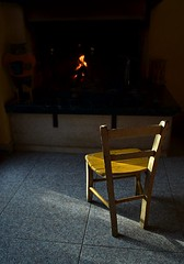 the old little chair (robra shotography []O]) Tags: fire sedia interior chair littlechair fireplace shot scatto prova test bw