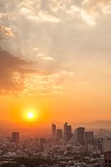 Setting Sun, Mexico City (Geraint Rowland Photography) Tags: viewpoint miradormexico mexicocity df distritofederal visitmexicocity cdmx sol sun weather weatheryahoo sunset cloudsandsky settingsun orangesky metropolis buildings city latino latinamericancity sunrays torrelatino