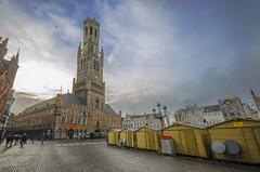 Bruges Xmas Market (Rich3012) Tags: bruges brugges belgium christmas market belfry grote markt tower morning