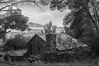 Cabaña olvidada-Cabin forgotten