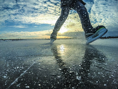 ice skating (ivan_volchek) Tags: skates ice winter snow sunset speed brutal beauty clouds sun trischiny human shadow blur