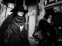 Mystique (Mustafa Selcuk) Tags: hats women monochromatic monochrome siyahbeyaz bw bnw blackandwhite street streetshooter streetphotography streetphotographer woman candid people 16mm fujifilm istanbul turkey xpro2