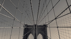 Perfect Point of View... (RALPHKE) Tags: perfectpointofview brooklynbridge suspensionbridge steel cables worldslongest worldsfirst newyork newyorkcity nyc nyclandmark brooklyn manhattan landmark pov famouslandmark usa unitedstates america american amerika travel blackwhite architecture architectural arches lines city bridge bridges canon canoneos750d