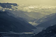 春吻大地 (lgf55555(基福)) Tags: 山 雲 水 河
