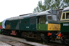No 25191 23rd May 2015 South Devon Railway (Ian Sharman 1963) Tags: heritage train rat diesel no south may engine rail railway loco trains class line devon 25 restoration locomotive railways 23rd refurbishment buckfastleigh 2015 25191