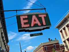 Eat Gallery, Maysville, KY (Robby Virus) Tags: art sign restaurant neon gallery kentucky eat treasures morgans maysville ezquisite