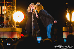 Stevie Nicks // Grand Rapids, MI // 11.23.16 (Anthony Norkus Photography) Tags: stevie nicks stevienicks 24 karat gold tour 2016 winter 24karatgoldtour north america american us usa band live concert van andel arena grand rapids mi michigan grandrapids chrissie hynde duet song duo tompetty anthony tony norkus photo photography pic pics photos
