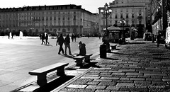 """Urban Backlight"" (giannipaoloziliani) Tags: italia italy piemonte turin turincity torino biancoenero blackandwhite monocromatico monochrome place piazza urban urbastreet urbanphoto urbanphotography urbanblackandwhite nikon nikonphoto nikonphotography nikoncamera nikond3200 architettura architecture perspective prospettiva prospettica edifici palazzi palaces people persone centro centre downtown fontane fountains controluce backlight sunlight sun ombre shadows light luce sole street streeetphotography streetphoto streetblackandwhite lampioni lamps flickr arcs archi finestre windows facades facciate streetlife urbanlife citylife sidewalks marciapiedi polizia auto police cars edicola bicycles biciclette automobili italianstreets panchine stones"