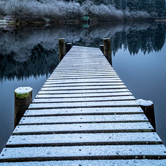 Landing (rgcxyz35) Tags: trees lochs trossachs pier nationalpark reflections jetty scotland boathouse lomondtrossachs lochard snow