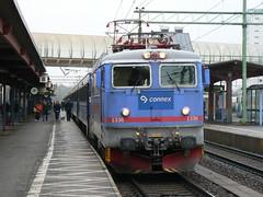 RC6 1336, Skövde 2006-11-16 (Michael Erhardsson) Tags: rc6 nattåg sk 2006 november connex tåguppehåll västrastambanan skövde 1336