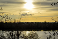 Sky of Gold (ChrisRTonks) Tags: sunset sky lake outdoor nature landscape shine afternoon nikon