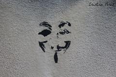 Guy Fawkes - beda (cristinaperezarance) Tags: canon pared andaluca guyfawkes hd piedra beda anarqua
