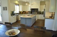 Erzen Kitchen