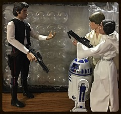 Han, Luke and Leia (Land of Dolls) Tags: 16thscale diorama actionfigures lukeskywalker r2d2 hansolo princessleia starwars