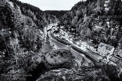 View to Hřensko (Bilderweise Hobbyfotografie) Tags: hřensko hrensko tschechien czech republic böhmische schweiz bohemian switzerland city mountains gebirge landschaft elbe labe