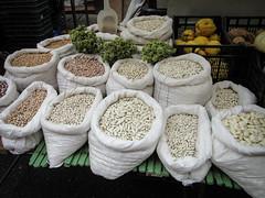 2017-01-14_BeansBeansDaily14-365 (vickievilla) Tags: astorga caminodesantiago spain food beans marketplace shopping outdoormarket