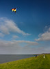 IMG_4922-1 (Andre56154) Tags: deutschland germany easternfriesland ostfriesland himmel sky wolke cloud küste coast deich dyke ozean ocean meer nordsee northsea wasser water drachen kite