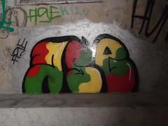 069 (en-ri) Tags: muro verde wall writing graffiti giallo rosso nero ase novara
