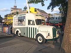 Vintage ice cream van (Lost-Albion) Tags: london southbank morris icecreamvan dsl844