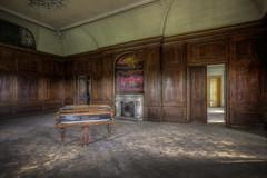 Amadeus-Suite (Foto_Fix_Automat) Tags: abandoned germany decay zimmer piano amadeus suite schloss mozart palast castel verlassen verfall marode vergessen lostplaces
