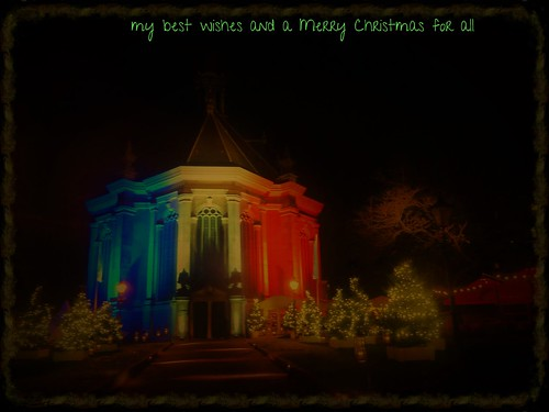 Merry Christmas; Joyeux Noël; Hyvää Joulua; Boldog Karácsonyt; Fröhliche Weihnachten;